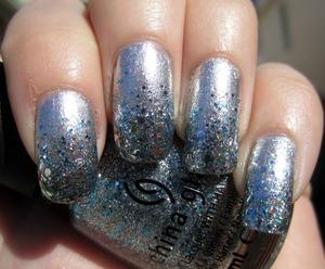Silver Glitter Gradient Mani