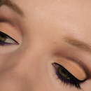 Cut-crease look with a touch of purple