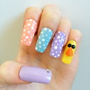 Charlie the Chick: Easter nails.