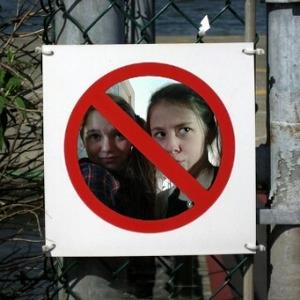 Me and my friend lulu hav been banned!!! ahaha LOL