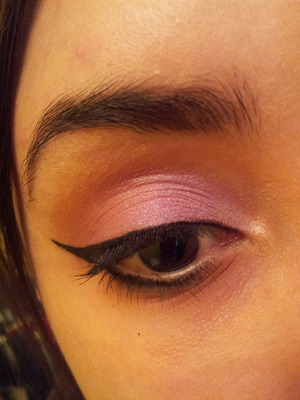 Trying out purple! :) ... WITH My favorite bronze eyeshadow! :) ... Way prettier than I expected!