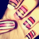 Striped Nailart