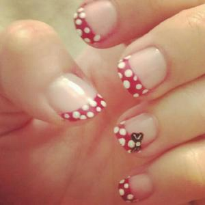 another take on the minnie mouse nails with only one bow.