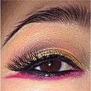 Gold & Red Double Wing Liner.