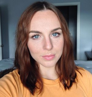 Simple Bronzed Eye, light peach/pink cheeks, and lips