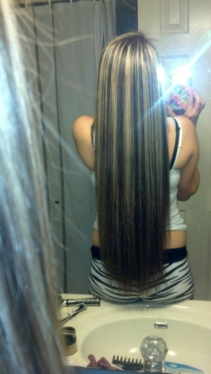 Another Pic of My Long Hairrr(: Lol