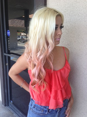 Awesome pink tips on blond