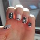 Nail art // black and white