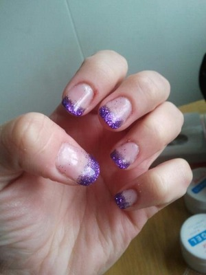 My first gel nails ever! Just got my tools to make them myself. I like the glitter alot.