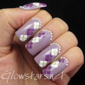 Read the blog post at http://glowstars.net/lacquer-obsession/2014/04/sunday-spam-the-nail-art-sourcebook/