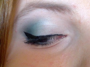 used the coastal scents 88 original pallette and their liquid eyeliner in jet