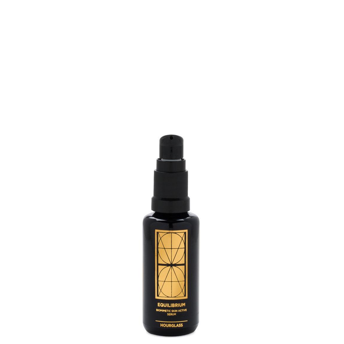 Hourglass Equilibrium Biomimetic Skin Active Serum 28 ml product swatch.