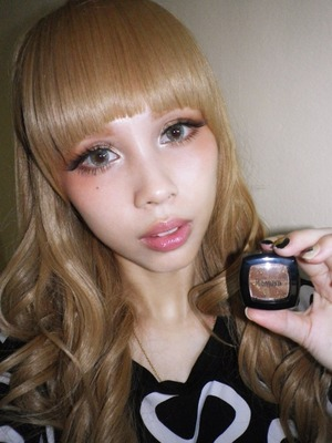 This is my take on a Gyaru look with a geisha style blush application