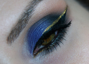 Unicorn, mocha and corrupt makeup geek eyeshadow Immortal gel liner makeup geek pó dourado gel liner blant colors