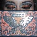 kat von d monarch palette butterfly eyes