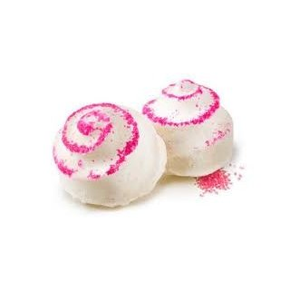 LUSH Mrs. Whippy bath bomb