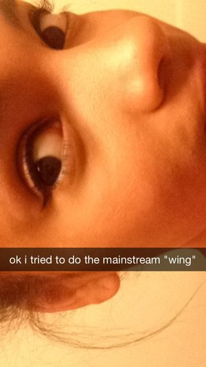 girls at my school always do this 'wing' to their eyeliner. ❤️