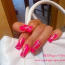 Pink dots Abstract Nail design