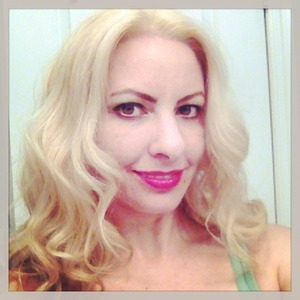 This was one of the last photos of my blonde hair. Don't worry, it will be back!