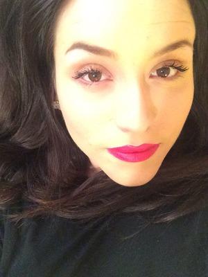 Kat Von D red lips! Love.