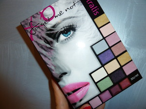 Australis makeup palette