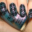 Duochrome Argyle Nails