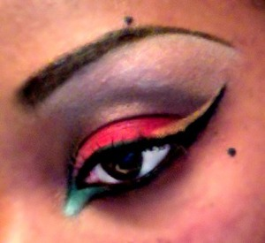 Kwanzaa Themed Makeup!! Red, Green, Black, Gold!