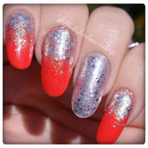 #nailartjan #gradient http://www.thepolishedmommy.com/2014/01/hors-doeuvres-caliente.html  #essie