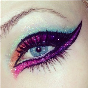 Colorful cat eye using lit cosmetics!