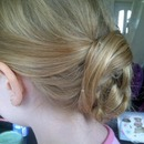 Low knot chignon
