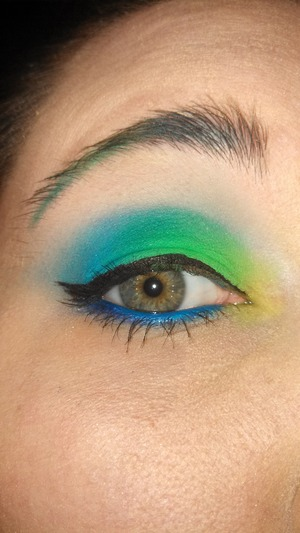 bright neon with ombre eyebeows