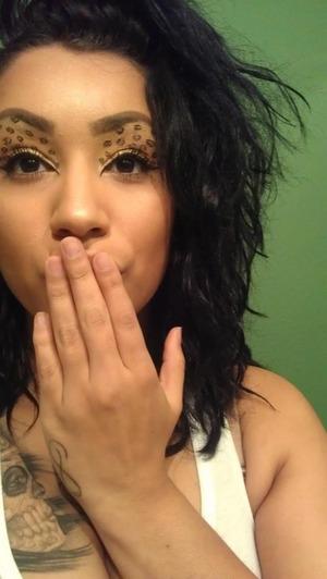 Cheetah print eyes:)
