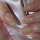 Sparkling natural nail