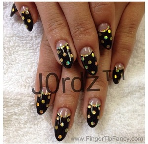 http://fingertipfancy.com/black-and-gold-deep-french