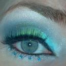 Navy/green smokey eye