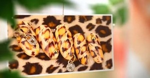 EASY Leopard Nail Art!  visit http://saranail.blogspot.com