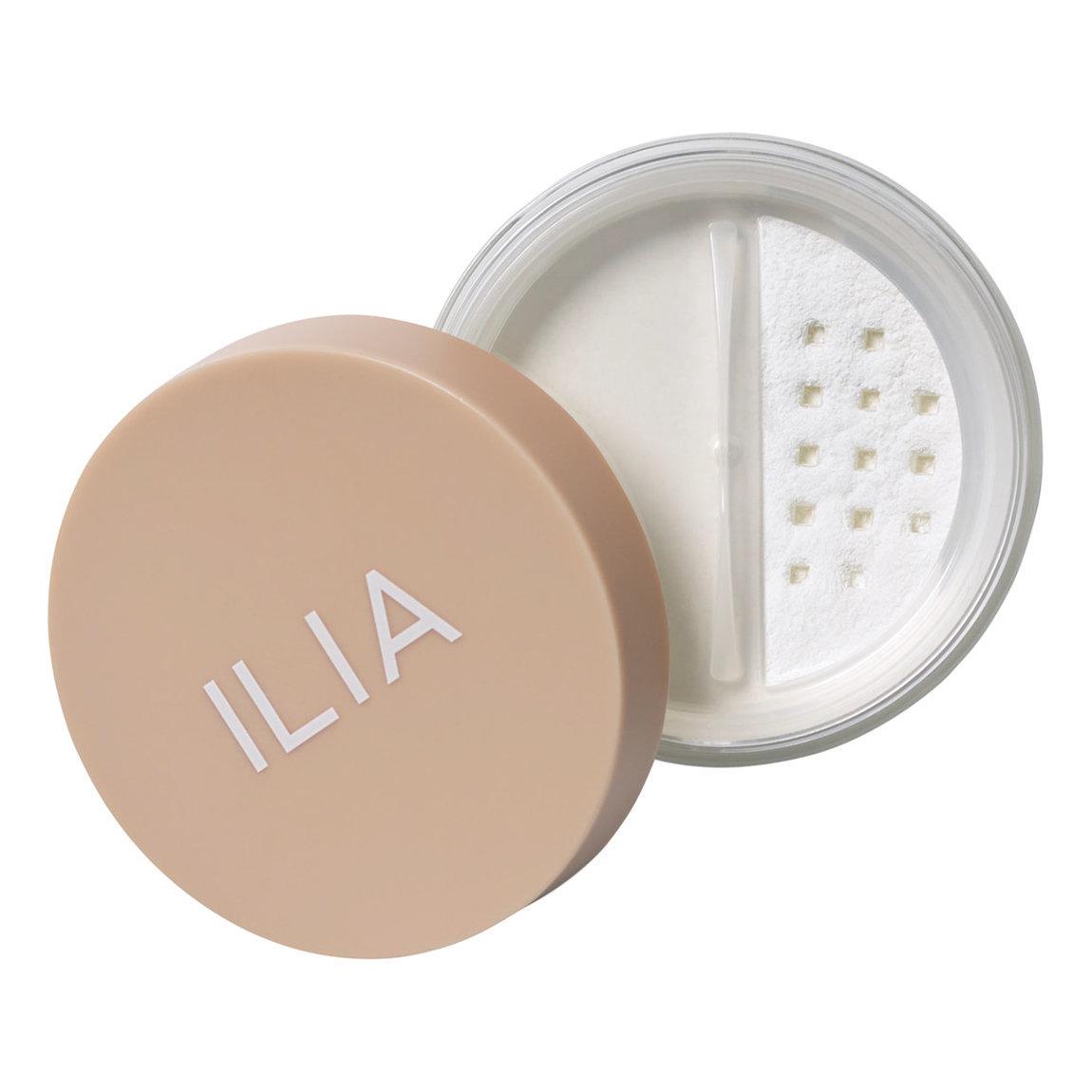 ILIA Soft Focus Finishing Powder alternative view 1 - product swatch.