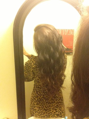 Used the NUME curling wand to curl my hair