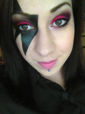 My final Halloween look for the year. Thanks to xsparkage for the (old) tutorial :)