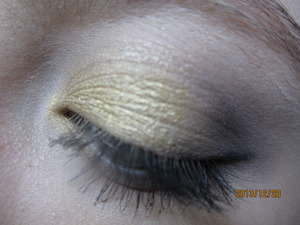 I am doing two of the gold New Years makeup and then another one which will be my actual makeup I do the day of. This is the simpler and toned down New Years makeup. How was all your 2013 year?