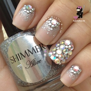 Perfect for a wedding or prom nails. Check out my video tutorial www.TheCraftyNinja.com!