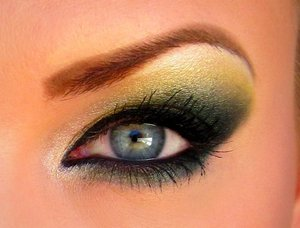 A green/yellow look using Kat Von D's Tattoo Chronicles Volume One palette!