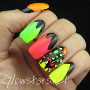 Read the blog post at http://glowstars.net/lacquer-obsession/2015/05/black-white-series-elegant-nail-art-show-rock-06-nails-22-new-089/