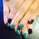 Blue and black nails !