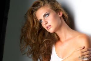 Natural make up and big hairstyling Make up artist & Hairstyling Muah Caro Line www.2bb.nu