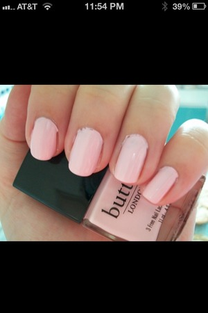 I love these light beautiful pink nails! Using butter