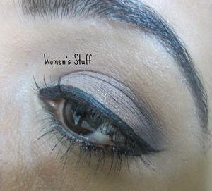 check here for tutorial http://www.srinjla.com/2013/10/30-days-eye-makeup-challenge-day15.html#.UmaW2BaXulI