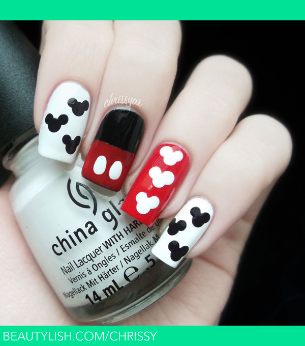 Mickey Mouse Nails: Christa S.'s (Chrissy) Photo