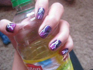 Lightning Tutorial: Wizards of Waverly Place Inspired Lightening Bolt Nails  By: Totallycoolnails I modified to just lightning though, without the wand and dots.