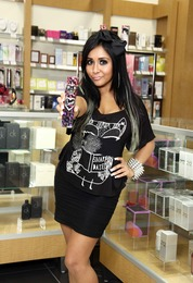 Snooki Answers Your Questions!
